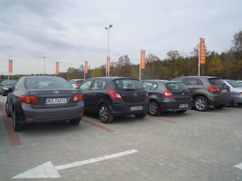 Parking długoterminowy - lotnisko modlin