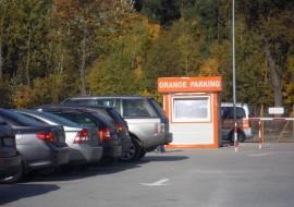 parkingi przy lotnisku modlin